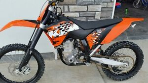 2008 KTM SXF 450 with less than 30 hours, $4100 cash...
