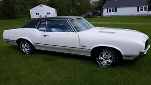 1972 Olds Cutlass Supreme for Sale!