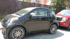 2012 Scion iQ Coupe (2 door)
