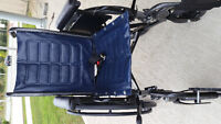 Folding wheelchair Weight capacity of 250 lbs Comes with seatb