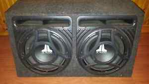 Subwoofer with amp 7000watts very loud only 200$