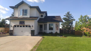 Fantastic house with daycare business and 22'x24' shop in town