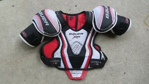 Bauer Vapour X30 Shoulder Pads  (junior large)