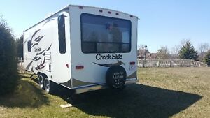 2013 Creekside 20FQ Travel Trailer