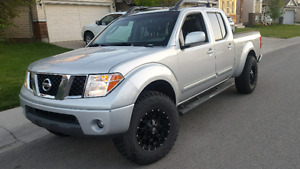 2007 nissan frontier leather / sunroof