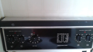 GE small electric stove/oven