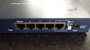 4 port wired router
