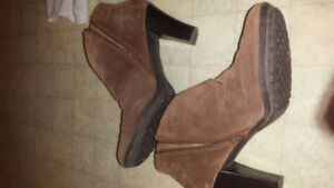 Brown suede ankle boots size 10, medium heel $10