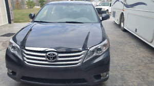 2011 Toyota Avalon XLS Sedan