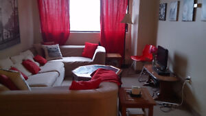 1Room in 2Bdrm Apt Available Immediately! Great Location!