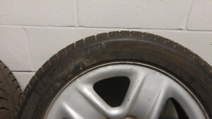 2x 215/55/17 Winter Tires & Rims Good Condition Toyota Venza West Island Greater Montréal image 2