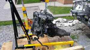 LOOK!!! Engine Hoist. Cherry Picker. Foldable 2ton Hydraulic