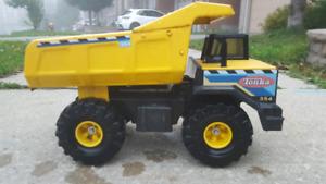 Vintage Tonka Toy DumpTruck