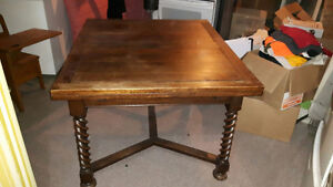 Antique Oak English Barley Twist Table