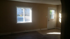 REDUCED 3BEDROOM  FREEHEAT NO HEAT BILLS AND HOT WATER INCLUDED