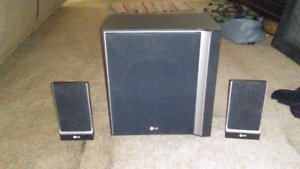 Lg sub woofer and 2 speakers