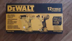 Dewalt 12V Max Cordless Drill & Driver Combo DCK211S2