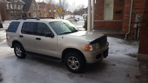 2005 Ford explorer Grey 4x4 Automatic