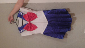 Sailor Moon costume. Size Large.