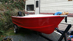 14' aluminum Starcraft w/motor and trailer
