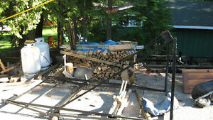 NEED GONE NOW!! CANTILEVER BOAT LIFT IN BUCKHORN 519-535-2253 Kawartha Lakes Peterborough Area image 2