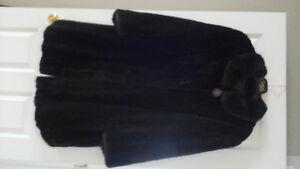 Manteau de vison (passer l'hiver au chaud)
