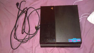 OBO Mint 500gb PS4 with 2 controllers & 6 games included!