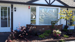 6 month rental - 2 bedroom townhouse Parksville