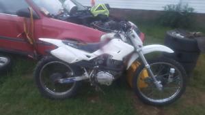 Dirt bike 200cc