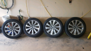 Hyundia OEM rims and rubber 215 55 17