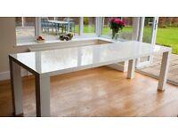 Console extendible table