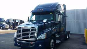 2015 FREIGHTLINER CASCADIA's Fleet maintained! Light loads!