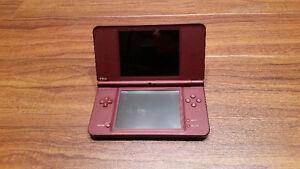 Nintendo DSi XL (Burgundy) + Super Mario Bros.