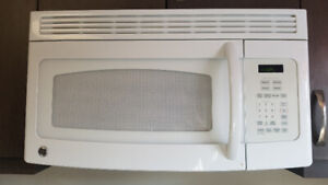 Microwave- Above Range for sale. Like new. $125.00