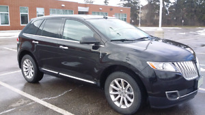 Pristine Condition Black on Black Luxurious Lincoln MKX