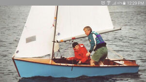 SIGNET WOOD SAILBOAT 13' WITH TRAILER FOR SALE.