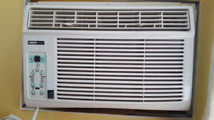 Window Air Conditioning Unit
