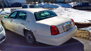 2001 lincoln town car need gone