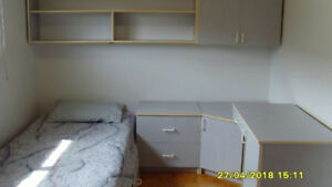 BEDROOM SET FOR A SINGLE PERSON OR STUDENT $300