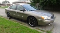 2004 Ford Taurus only (58,429) KM mint e-test & Safety