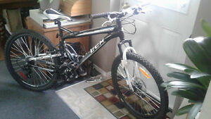 CCM Static DS.XC Dual Suspension Mountain Bike