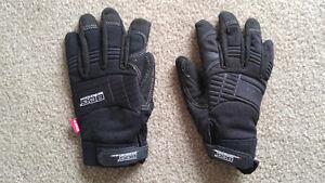 BDG Gloves