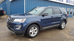 2017 Ford Explorer XLT 4x4 LEATHER SUV,