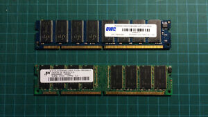 1 GB of SDRAM Memory (2 x 512 MB PC 133 RAM)