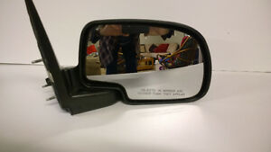 mirrors to fit 2006 gmc Kawartha Lakes Peterborough Area image 2
