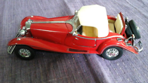 Vintage 1935 Mercedes Benz 500k Special Roadster Die Cast Car