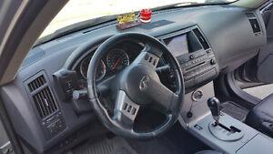 2004 Infiniti FX SUV, Crossover