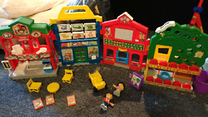 Little people learn about town set