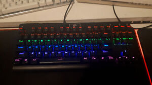 Clavier Mécanique Z-77 Anti-Ghosting Switches Gateron Blue LED