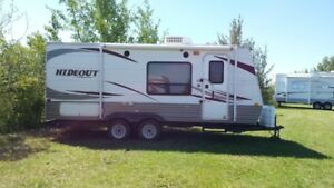 19 foot Hideout Travel Trailer